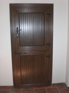 Puerta con cuarteron